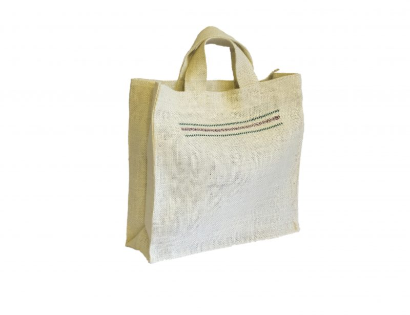 [:ro]Sacoșă Iută 30×30 cu broderii și căptușeală[:en]Jute Bag with embroideries and lining 30x30[:]