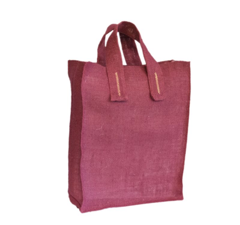 [:ro]Sacoșă Iută Colorată 30×40 cu broderii[:en]Coloured Natural Jute Bag with embroideries 30×40 [:]