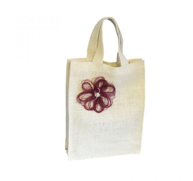 [:ro]Sacoșă Iută Natur, cu Căptușeală 30×40 cu aplicatii[:en]Natural Jute Bag with lining and applications 30x40[:]
